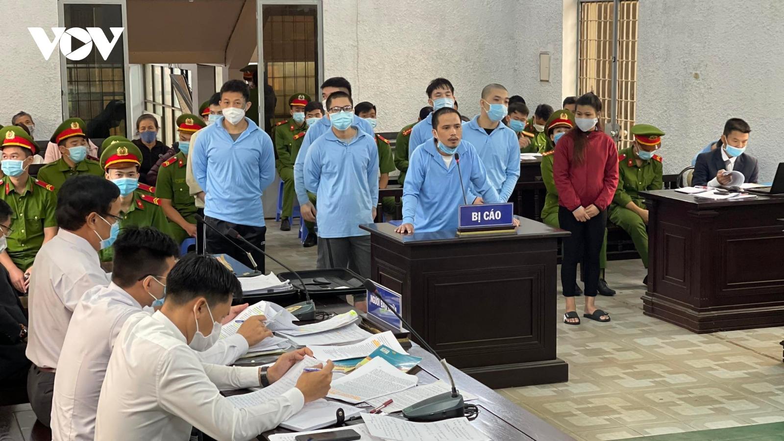Trộm 400 triệu trong két sắt UBND xã, 8 đối tượng nhận hơn 71 năm tù