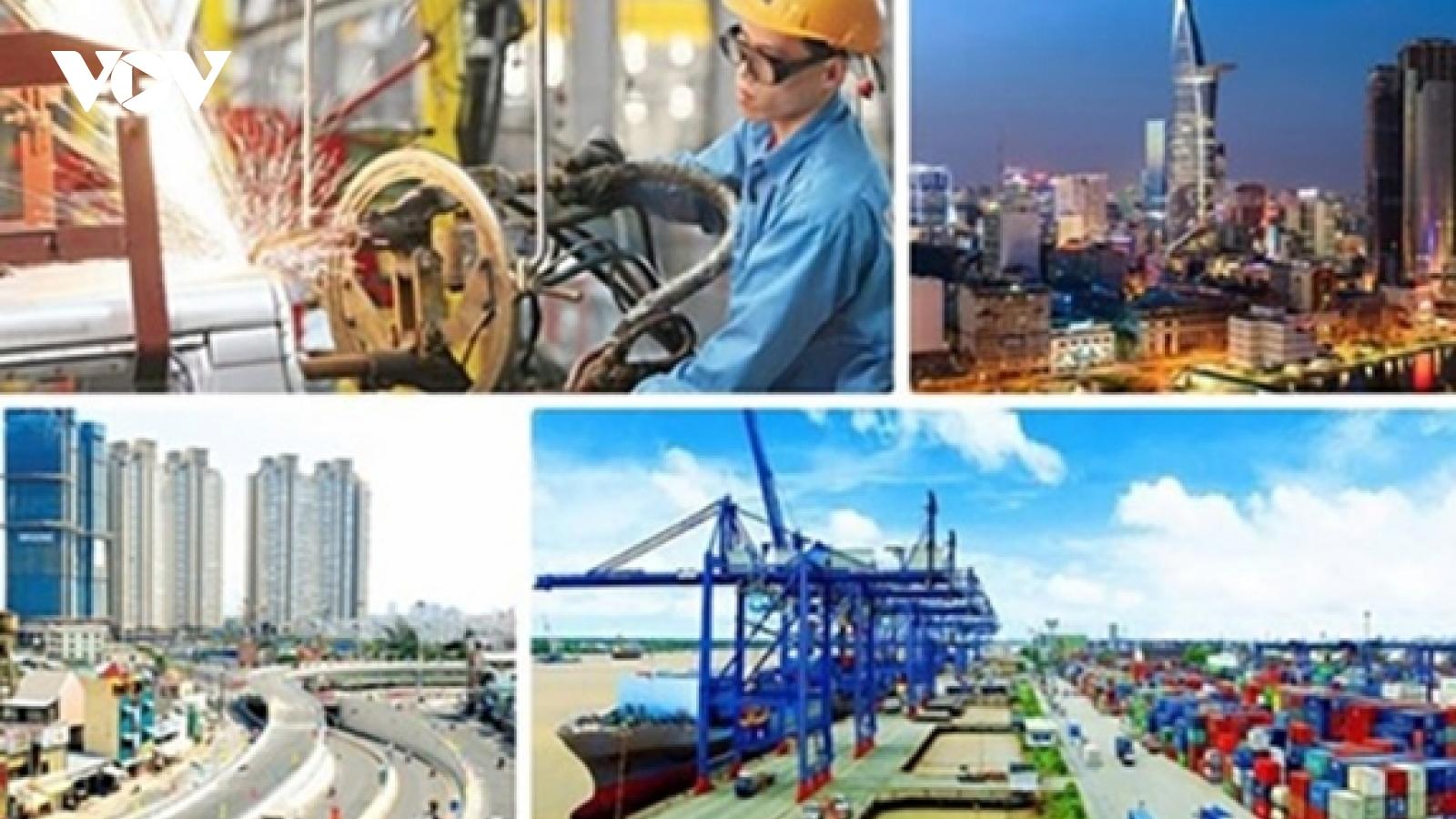 Bangkok Post notes Vietnam as investment destination despite COVID-19