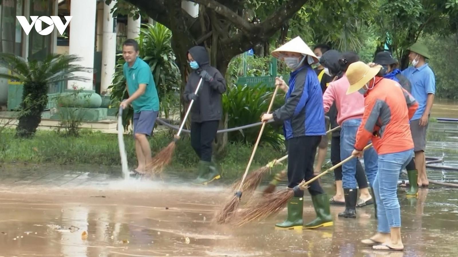 Quảng Bình khắc phục hậu quả mưa lũ, chuẩn bị ứng phó với đợt mưa lớn sắp tới