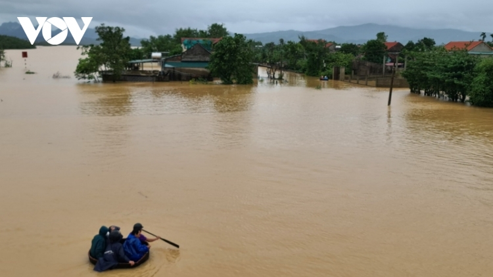 Mưa lũ ở Quảng Bình làm 2 người chết, 2 người mất tích