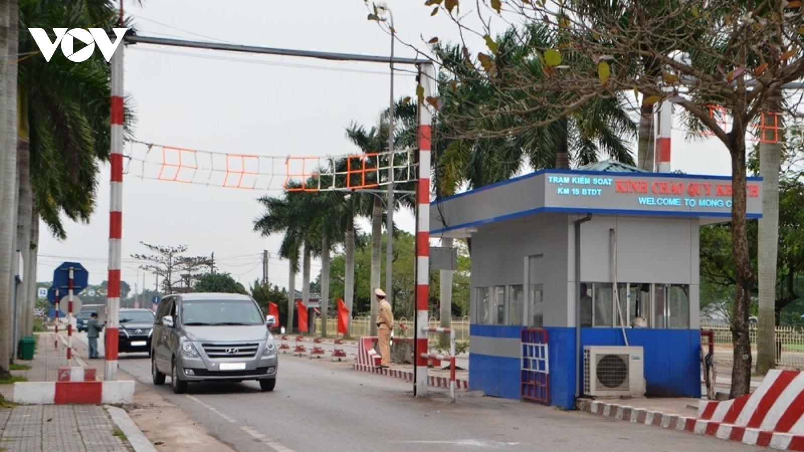 Quảng Ninh gỡ bỏ test nhanh ở Trạm Kiểm soát Km 15 - Bến tàu Dân Tiến