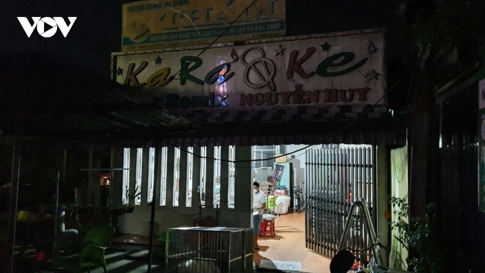 Tiền Giang: Xử lý chủ cơ sở kinh doanh karaoke và 14 đối tượng sử dụng chất ma túy