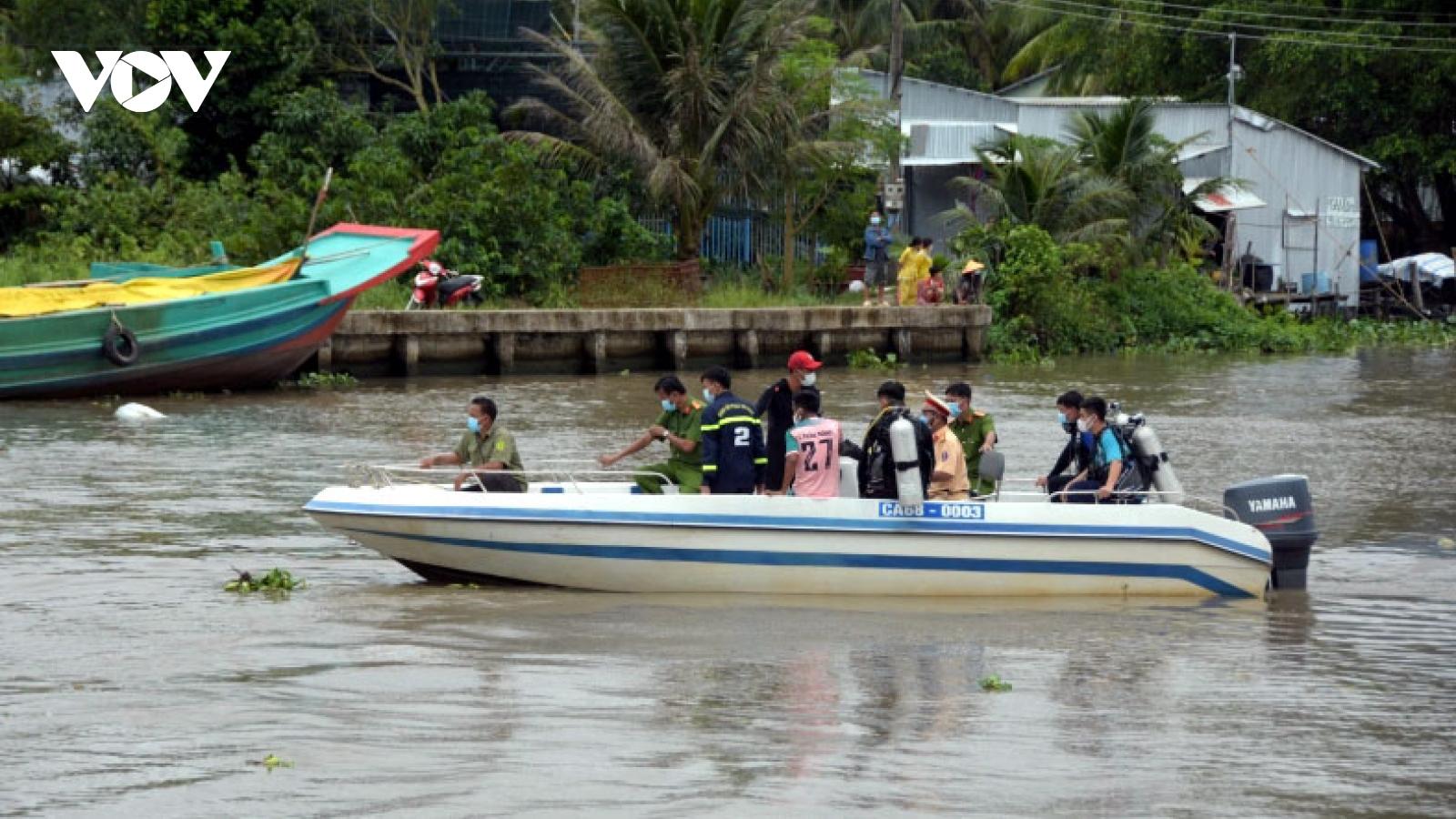 Tai nạn đường thủy nghiêm trọng làm 2 người chết, 1 người mất tích