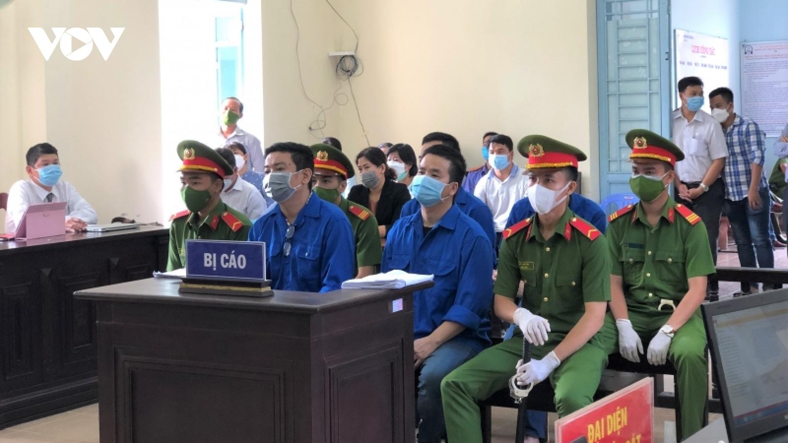 """Xét xử Trương Châu Hữu Danh và các thành viên nhóm """"Báo sạch"""""""