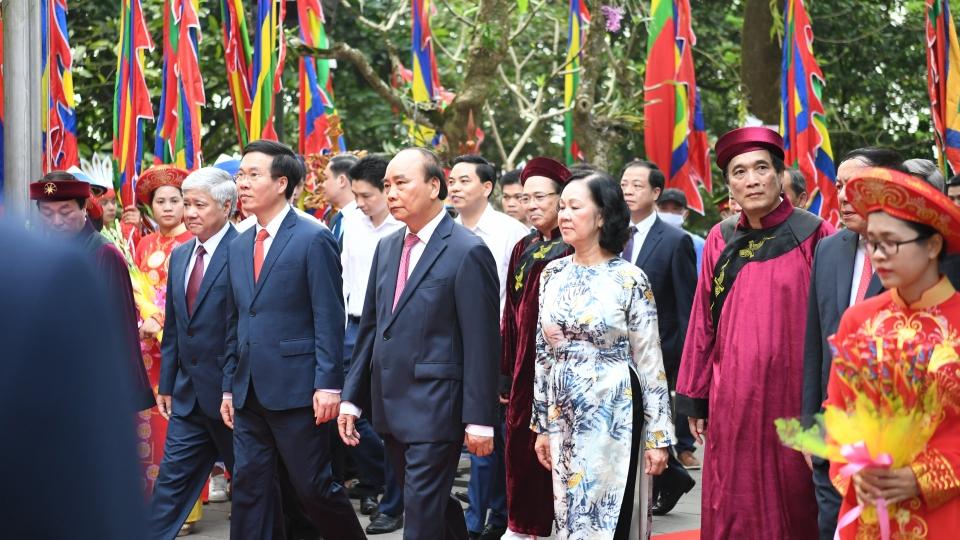Lãnh đạo Đảng, Nhà nước dâng hương tưởng niệm các vua Hùng