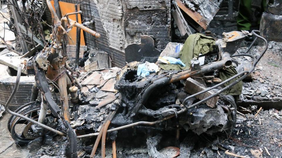 Cận cảnh bên trong căn nhà cháy khiến 8 người chết ở Q11, TPHCM