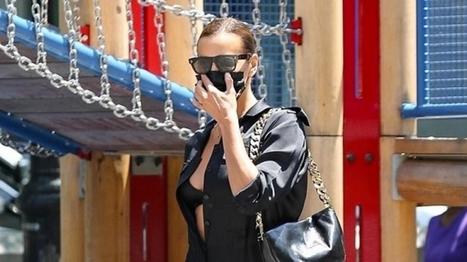 Irina Shayk gợi cảm ra phố sau khi đi nghỉ dưỡng cùng Kanye West tại Pháp