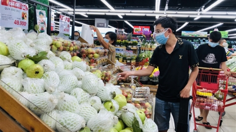 HCM City ensures adequate supply of goods amid social distancing