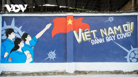 Hanoi mural street features paintings showing COVID-19 fight