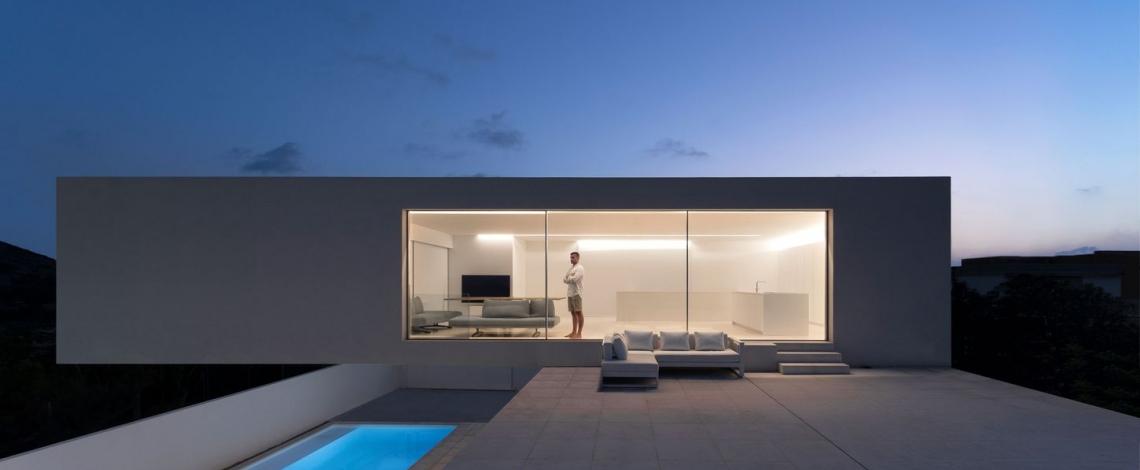 Ngôi biệt thự có kiến trúc và nội thất siêu tối giản