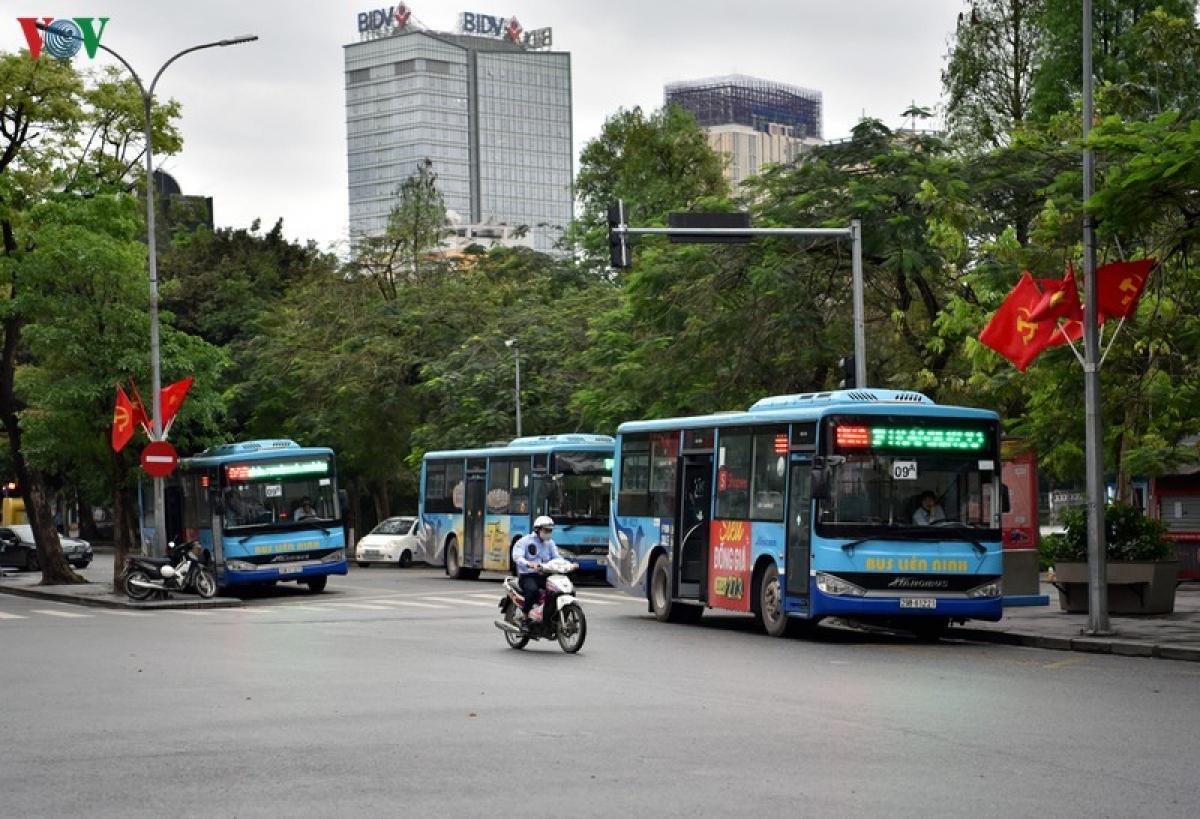 xe buýt Hà Nội