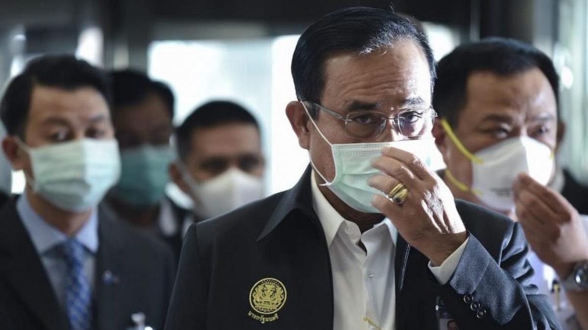 Ông Prayut khuyến cáo tới người dân tiếp tục tuân thủ các biện pháp kiểm soát dịch bệnh và không nên chủ quan trước tình hình. Ảnh: Phuket News