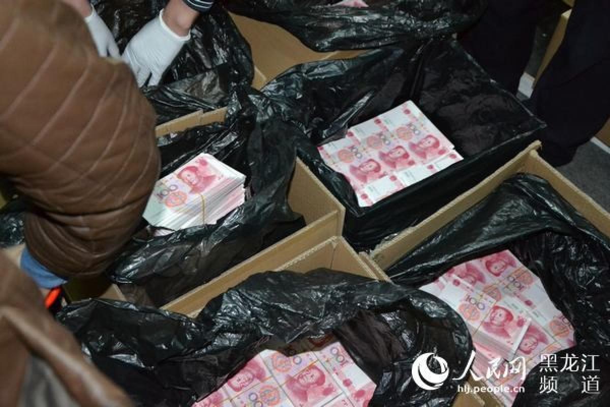 tội phạm, tiền giả, Trung Quốc, vụ án lớn nhất, in ấn tiền giả