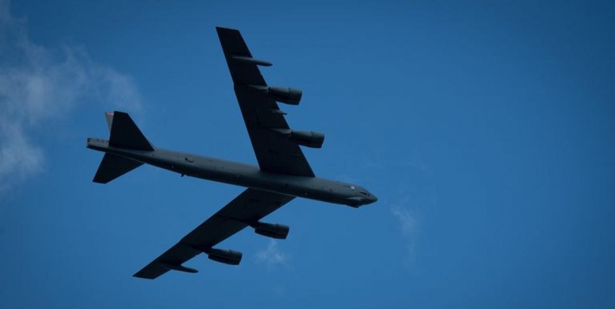 Máy bay ném bom B-52H. Ảnh: Popular Mechanics.