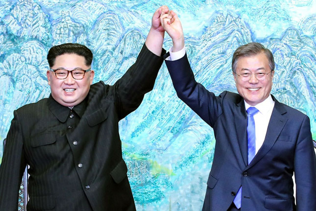 images1471855_17_9_inter_korean_summit_at_the_peace_house_on_april_27_2018_in_panmunjom_south_korea.jpg
