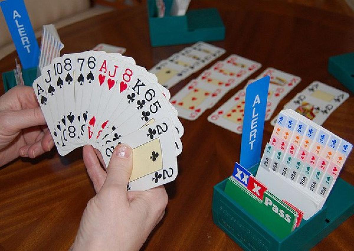 """Cán bộ đánh bạc, đừng đổ lỗi cho """"thời điểm nhạy cảm"""""""