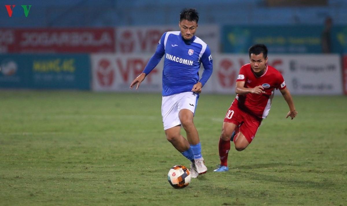 Mạc Hồng Quân là một trong 3 cầu thủ sẽ chia tay Than Quảng Ninh để khoác áo Hải Phòng ở giai đoạn 2 V-League 2020. (Ảnh: Trần Tiến).