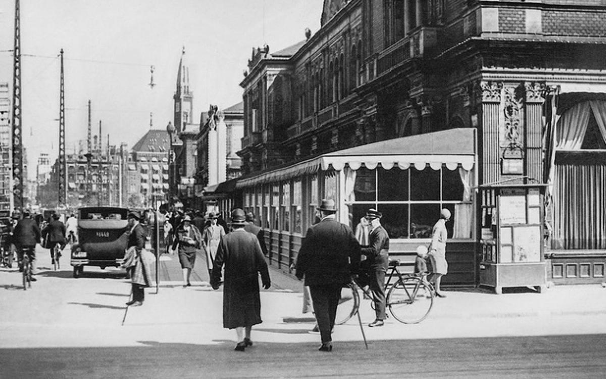 a duong pho Copenhagen 1931, -global look press.jpg