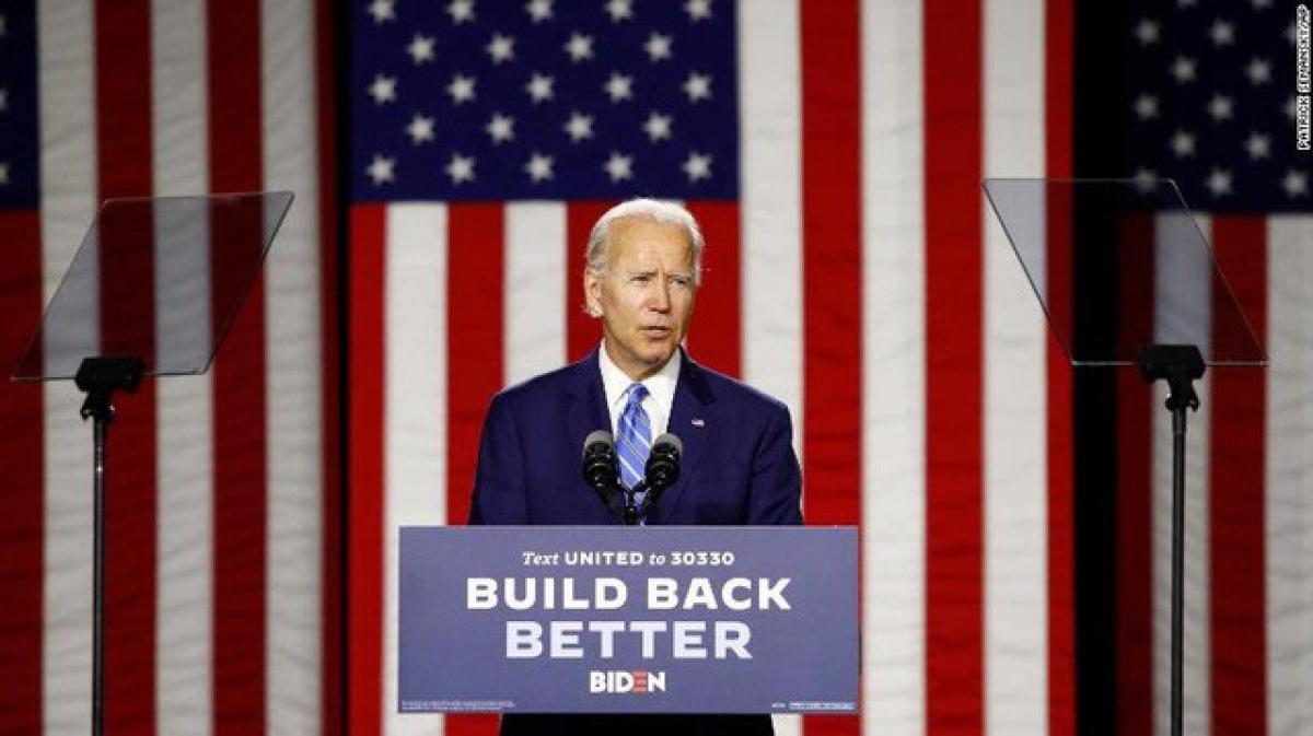 Ứng viên Đảng Dân chủ Joe Biden đang dẫn trước ông Donald Trump 8 điểm ở nhóm cử tri đã đăng ký bỏ phiếu Ảnh: CNN.