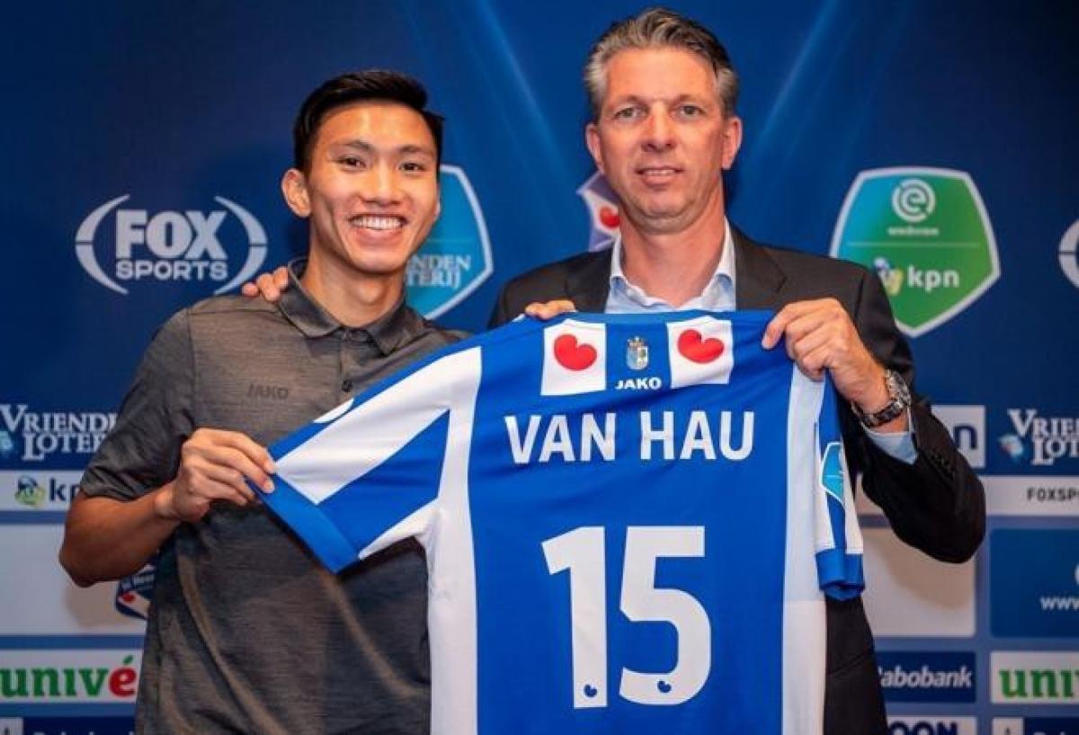 Theo Chủ tịch Đỗ Vinh Quang, Hà Nội FC sẽ luôn sẵn sàng chắp cánh cho giấc mơ chơi bóng ở châu Âu của các cầu thủ, như trường hợp Văn Hậu sang Hà Lan mới đây. (Ảnh: SC Heerenveen).