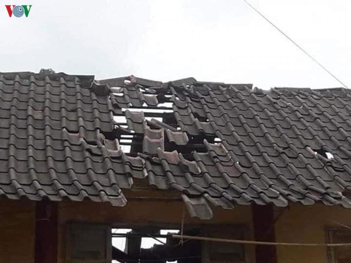 Những trận động đất liên tục khiến cuộc sống người dân Mộc Châu (Sơn La) chịu nhiều ảnh hưởng.