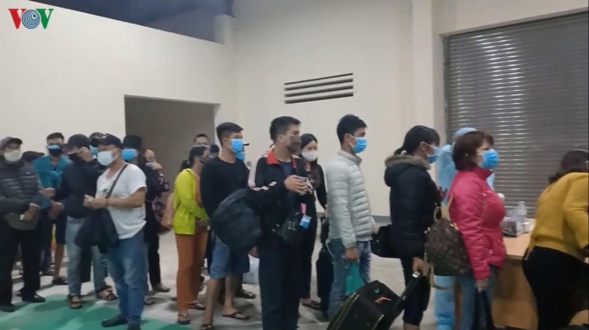 Lào tiếp tục kiểm soát người nhập cảnh.