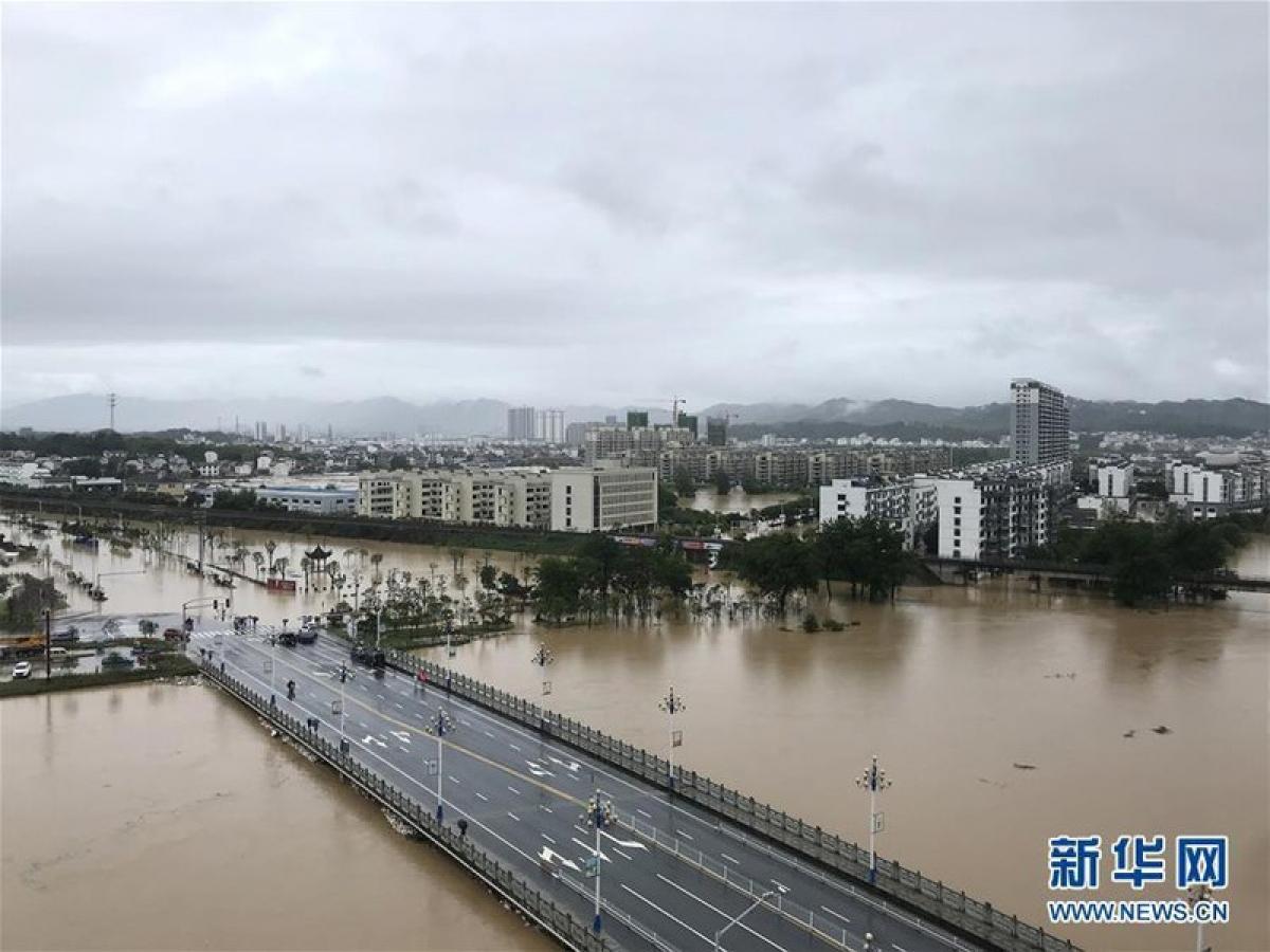 Lũ lụt tại tỉnh An Huy, Trung Quốc. Ảnh: Tân Hoa Xã.