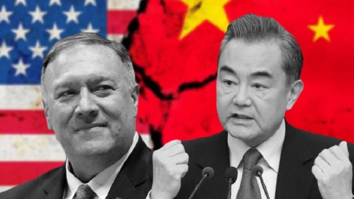 Ngoại trưởng Mỹ Mike Pompeo và Ngoại trưởng Trung Quốc Vương Nghị. Ảnh: Gobal Research