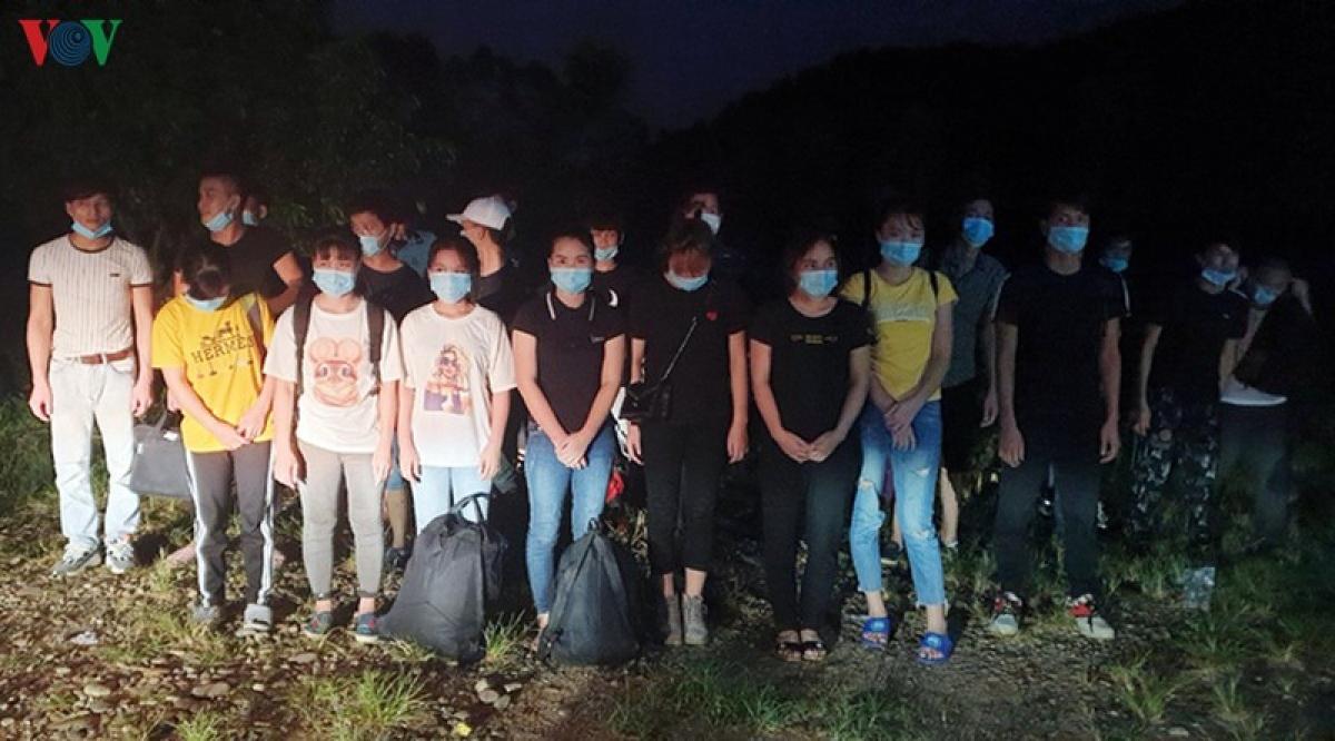 Nhóm 29 người nhập cảnh trái phép bị Tổ tuần tra kiểm soát của Đồn Biên phòng Bắc Sơn bắt giữ.