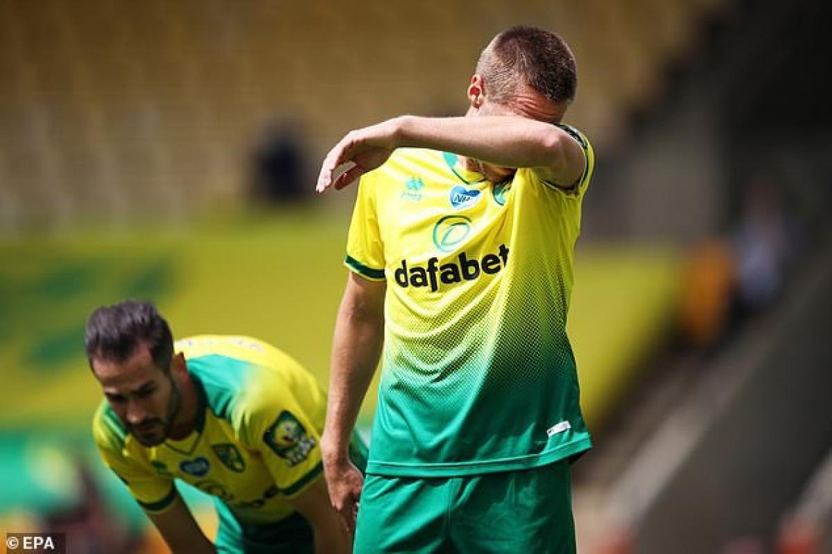 Norwich là đội bóng đầu tiên ở Premier League 2019/2020 phải xuống hạng. (Ảnh: EPA)
