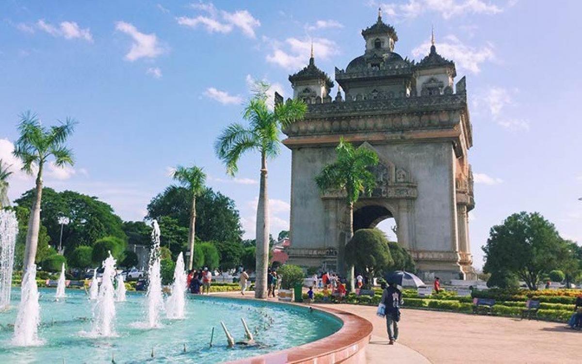 Thủ đô Vientiane. Ảnh: World Nomads.