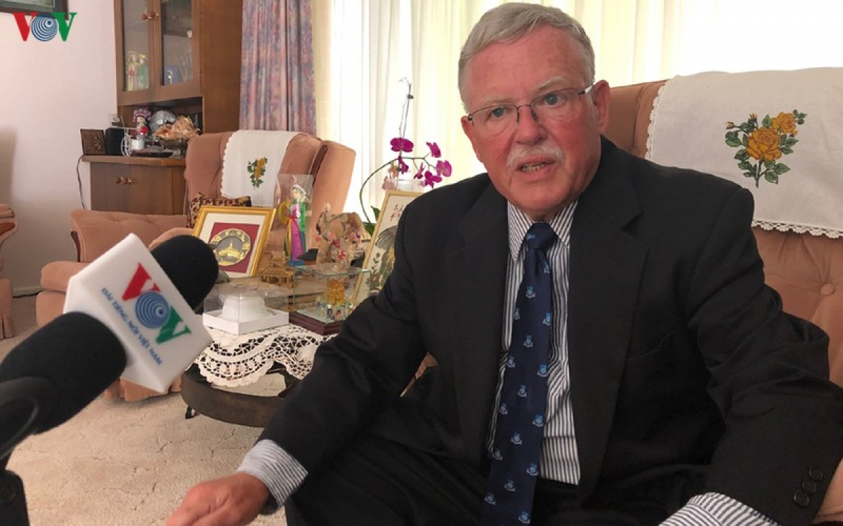 Giáo sư Carl Thayer, chuyên gia Việt Nam thuộc Đại học New South Wales, Australia.