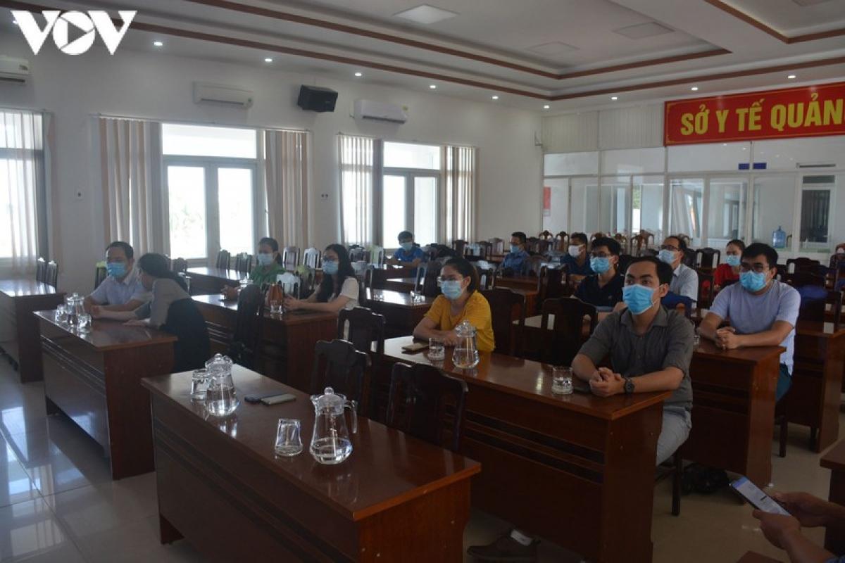 Sau 20 ngày tham gia điều trị bệnh nhân Covid-19 , Đoàn y, bác sỹ tình nguyện thành phố Hồ Chí Minh rời Quảng Nam.