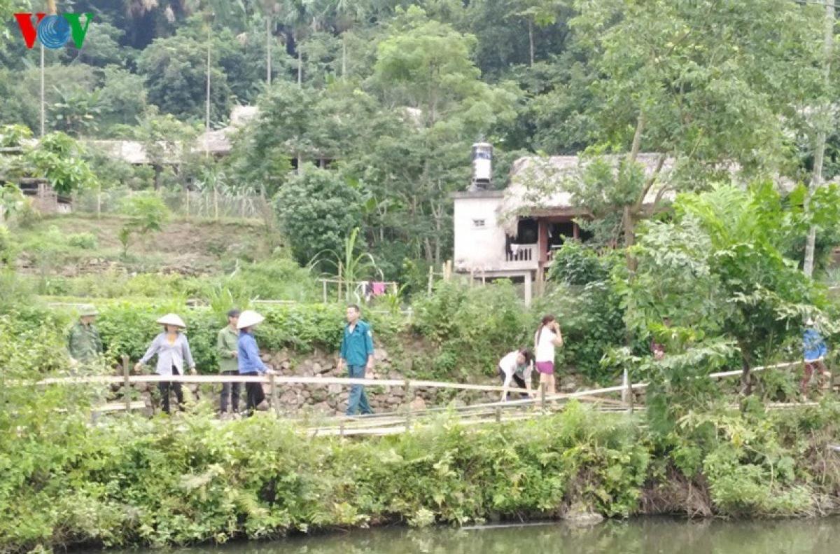 Qua rà soát, toàn huyện có trên 2.800 hộ có ao; 140 điểm ao, hồ, sông, suối có nguy cơ cao xảy ra đuối nước.