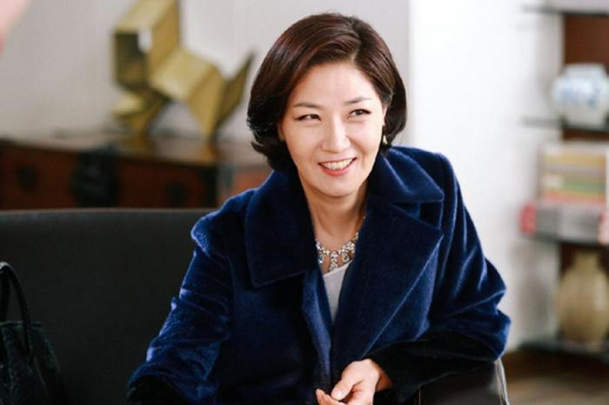 Nữ diễn viên Seo Yi Sook hiện đang chờ kết quả xét nghiệm.