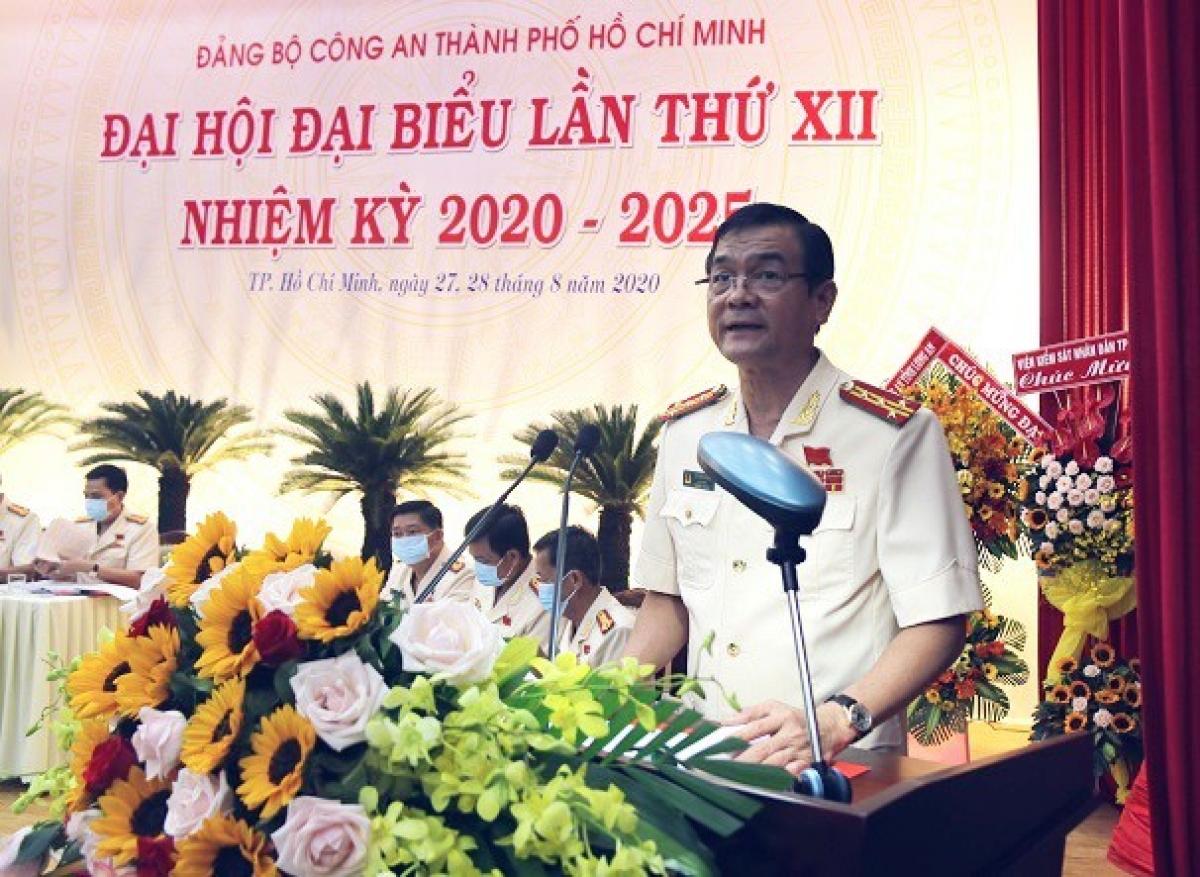 Đại tá Lê Hồng Nam, Giám đốc CATP được bầu giữ chức vụ Bí Thư Đảng ủy Công an TPHCM.