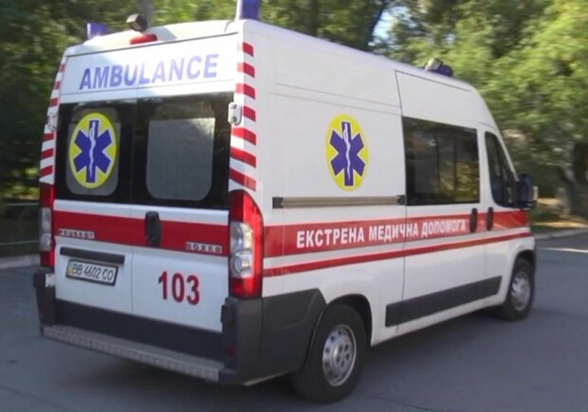 Các xe cứu thương tại thành phố Kharkov (Ukraina) được trang bị máy thở VFS-510 do Vingroup sản xuất.