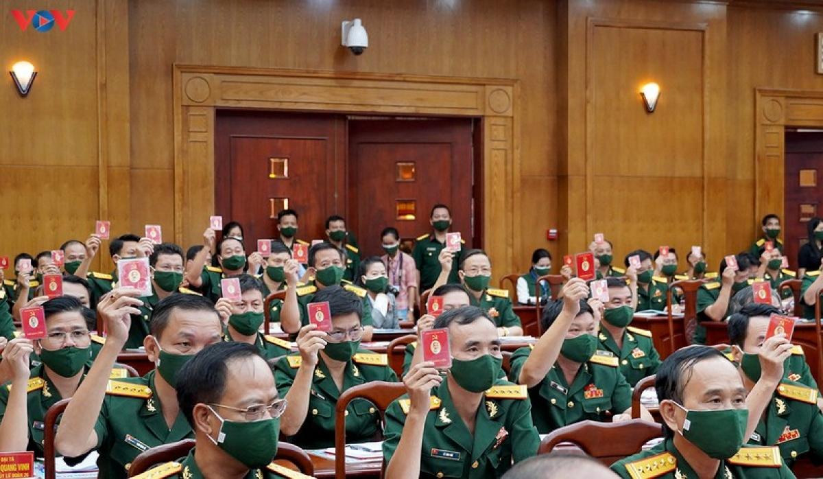 Tham dự Đại hội có 298 đại biểu đại diện cho hơn 8000 đảng viên trong toàn quân khu.