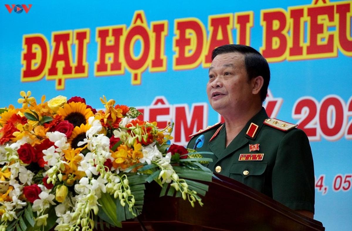 Trung tướng Trần Hoài Trung - Chính uỷ Quân khu 7 phát biểu