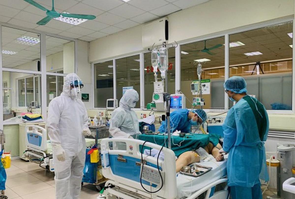 Tỷ lệ tử vong do COVID-19 tại Việt Nam cao hơn thế giới. (Ảnh minh họa)