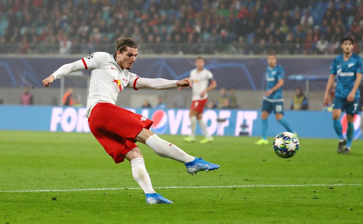 Tiền vệ phải: Marcel Sabitzer