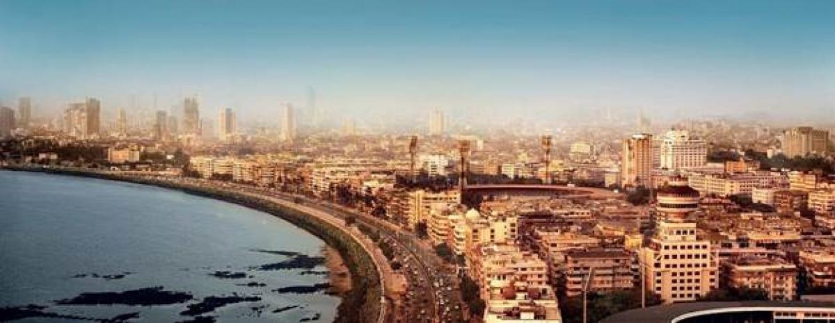 """Ấn Độ: Trong khi đó, nhiều phân cảnh hành động của """"TENET"""" được quay tại Mumbai, Ấn Độ."""