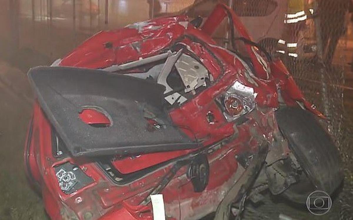 Xe gặp nạn trong vụ tai nạn nói trên. Ảnh: G1.