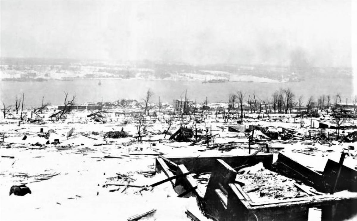 Hiện trường vụ nổ cảng Halifax ngày 6/12/1917; Nguồn: topwar.ru