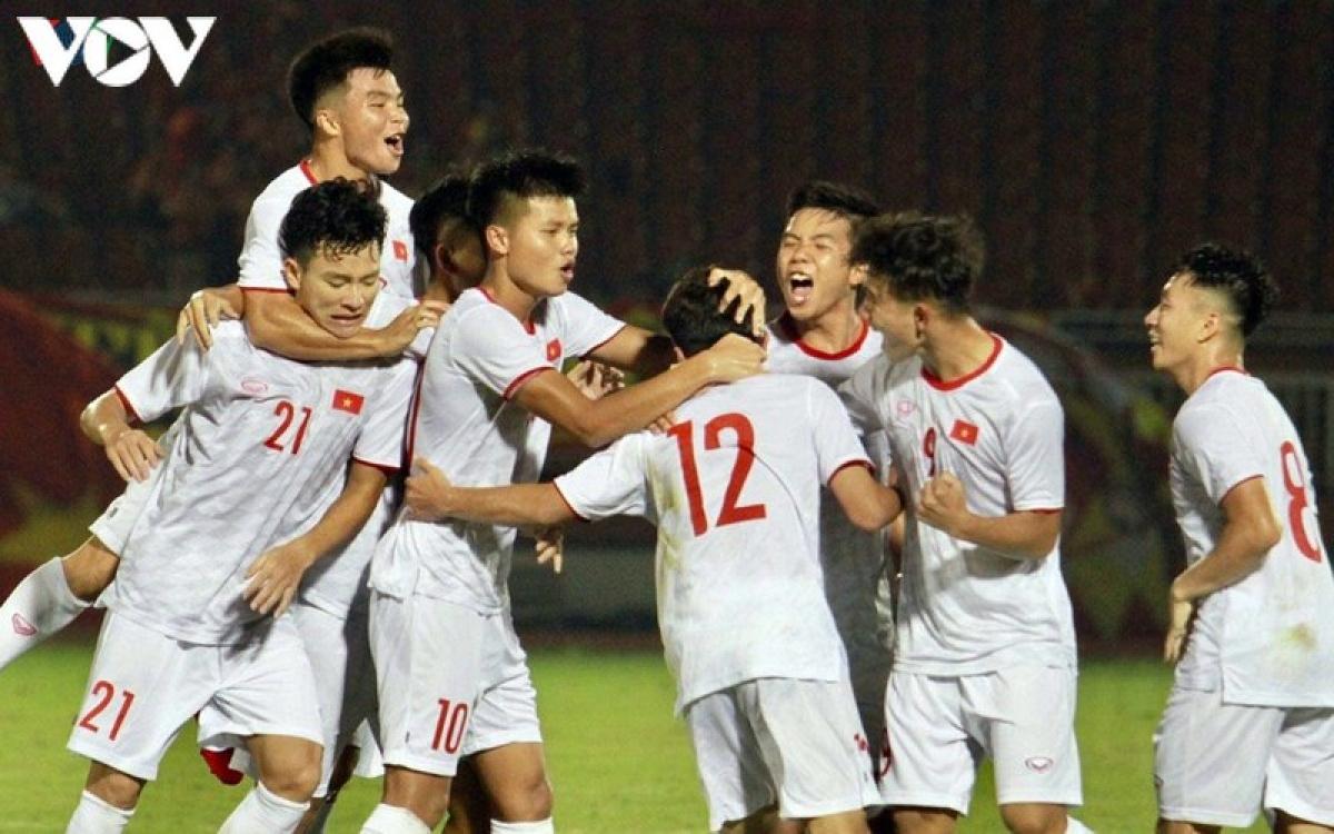 U19 Việt Nam chuẩn bị cho VCK U19 châu Á 2020 với 36 cầu thủ.
