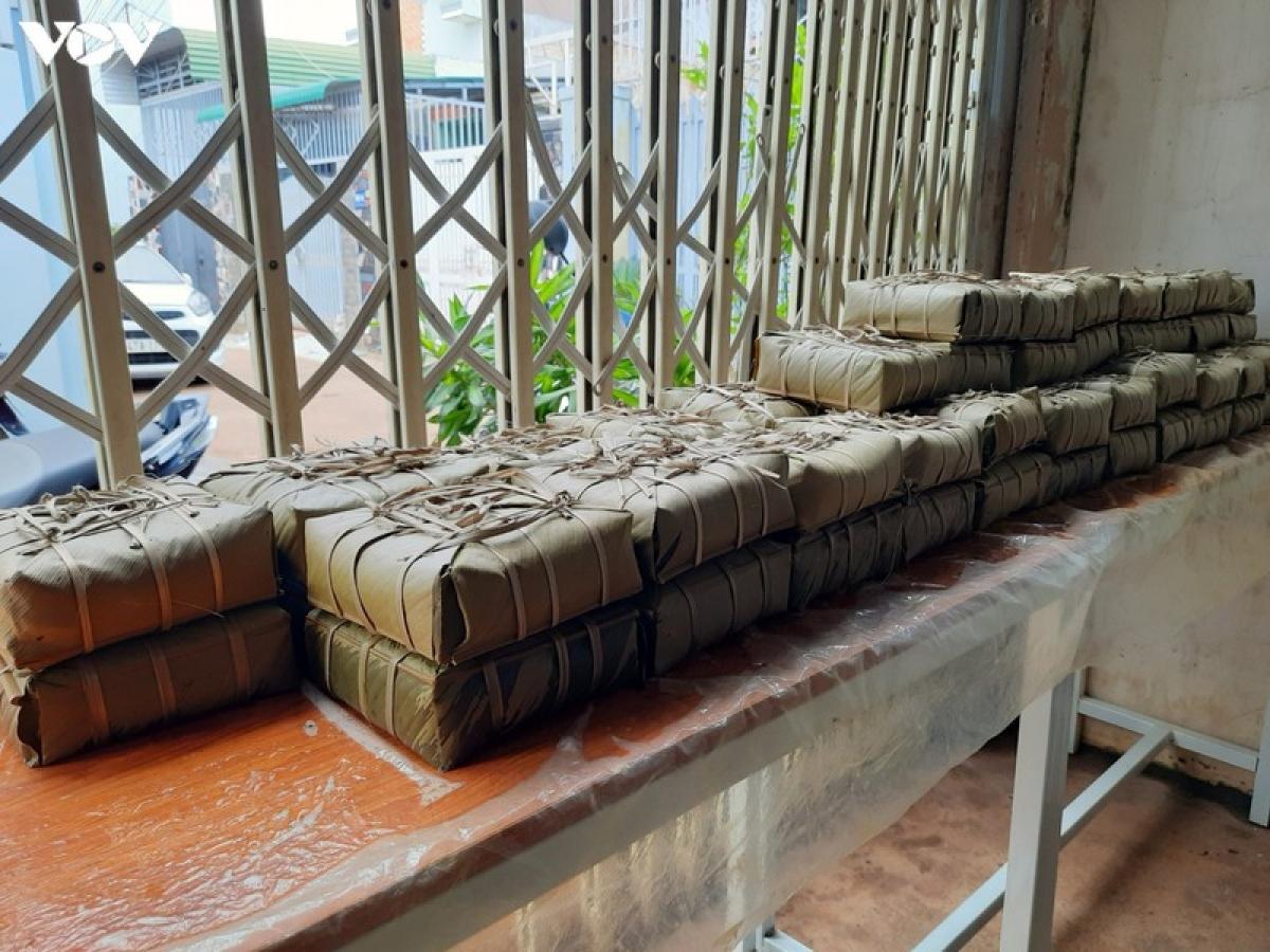 Số bánh này đã được gửi tặng các khu cách ly tập trung ở thành phố Buôn Ma Thuột.