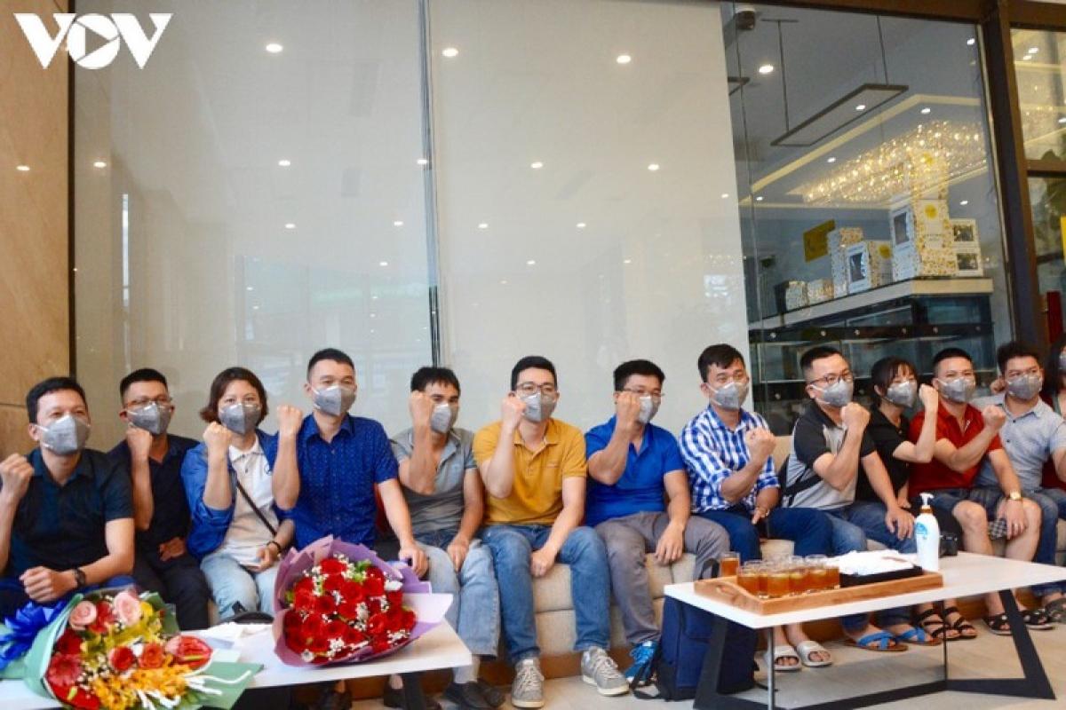 Gác lại riêng tư, Đoàn bác sĩ ở Nghệ An thể hiện quyết tâm cao giúp Đà Nẵng chống dịch.