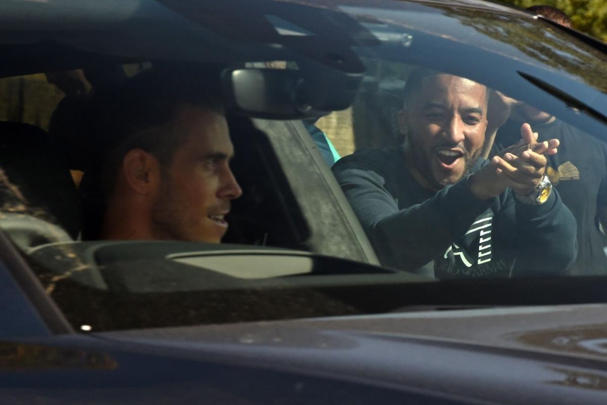 Gareth Bale đã có mặt ở London để hoàn tất thủ tục cuối cùng trước khi tái hợp với Tottenham.