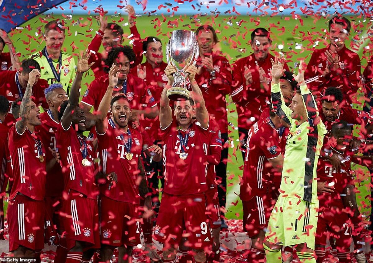 Bayern có lần thứ 2 giành Siêu cúp châu Âu (2013, 2020) trong khi Sevilla có lần thứ 5 liên tiếp nhận thất bại (2007, 2014, 2015, 2016, 2020)