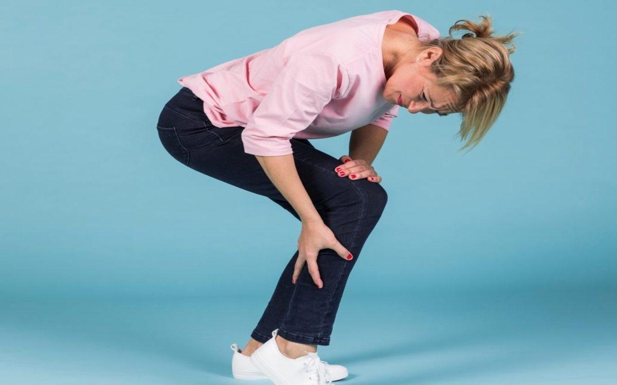 Có nhiều biện pháp chữa khô khớp gối, từ duy trì cân nặng phù hợp, hoạt động thể chất hợp lý đến tiêm steroid và thậm chí là phẫu thuật...